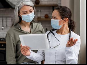 tratando de evitar la atención médica racista, las mujeres negras buscan obstetras negros